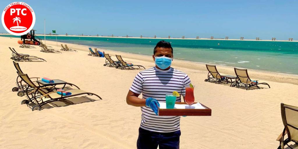 Коронавирус ОАЭ создал новые правила обслуживания на пляже.