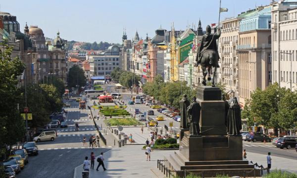 Туры в Прагу. Вацлавская площадь.